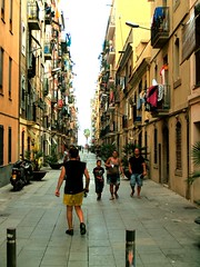 streetscene (zoetnet) Tags: barcelona people spain streetscene catalonia barceloneta