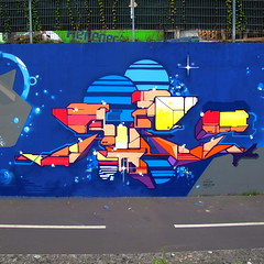 JUPE (Jupe oner) Tags: black montana downtown strasbourg wise maze