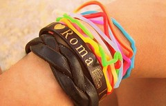(mapi-mapi) Tags: silly rome roma fashion hand bands bracelets