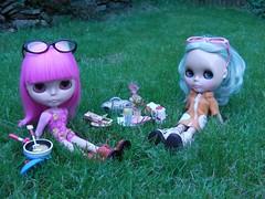 Ham and Delia have a little picnic.