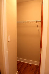 1410_Chicago_apt_808_closet_1_web (BJBEvanston) Tags: vertical closet studio evanston unfurnished bjb 1808 1410 t08 bjbevanston 1410chicago