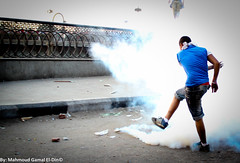 Clashes in the vicinity of the US Embassy (Mahmoud Gamal El-Din) Tags: film movie us muslim islam protest egypt embassy gas demonstration cairo tear prophet muhammad insult mocking tahrir clashes