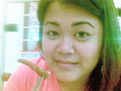 Me about to eat steamed chicken feet from Harbour City