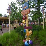 directions sign in the Winnie the Pooh area thumbnail