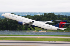 MSP 8/27/2016 (Doug Lambert) Tags: n826nw airbus a330 a330300hgwhighgrossweight deltaairlines airline aviation jet airplane airport plane msp kmsp minneapolis minnesota midwest takeoff runway condensation
