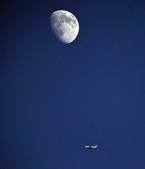Moon and Plane 0965 (newspaper_guy Mike Orazzi) Tags: blue sky moon plane airplane 200400mmf4gvr d500 nikon crater nighsky bristol