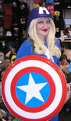 Comic Con 2013 (Vinny Gragg) Tags: costume costumes cosplay marvelcomics marvel marveluniverse avenger avengers mightyavengers prettygirls prettywoman sexywoman girl girls superheroes superhero comics comicbooks comicbook villian villians supervillian supervillians wizardworldcomiccon wizardworld comiccon chicagocomiccon comiccon2013 rosemontillinois rosemont illinois captainamerica shield
