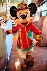 Mickey Mouse (sidonald) Tags: tokyo disney tokyodisneysea tds tokyodisneyresort tdr greeting horizonbayrestaurant    mickeymouse mickey