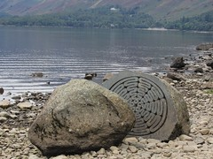 Stone 4 (Wildlife Terry) Tags: hundredyearstone broomhillpoint calfclosebay derwentwater nationaltrust borrowdale volcanic rock keswick lakedistrictnationalpark cumbria northwestengland