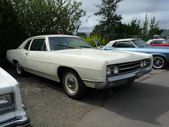 Ford Galaxie (© Andrew) Tags: auto door old 2 ford 1969 car sedan voiture coche 500 custom