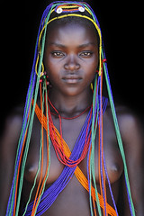 Nawo - a beautyful Mumuhuila youngh lady with electric beats / Chibia region - Angola - abgefahren2004