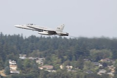 (Eagle Driver Wanted) Tags: pdx hornet f18 kpdx
