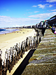 0378 (dream_stack) Tags: wood old city blue sky france beach saint wall sand wave medieval malo stopper