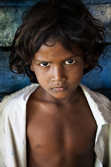 Intense !!! (bmahesh) Tags: street portrait people india color eye look canon kid expression streetportrait canon5d chennai gaze mahesh tamilnadu canonef24105mmf4isusm chengalpet canoneos5dmarkii bmahesh chettipuniyam
