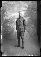 B46130_129 P. F. Traglan (State Library of South Australia) Tags: soldier worldwari unknown ww1 anzac unidentified aif australianimperialforce statelibraryofsouthaustralia chamberlaincollection centenaryofanzac