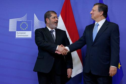 President Mohamed Morsi meets EC President Jos...