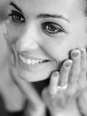 Smile ! (Bruno French Riviera) Tags: beauty smile face canon eyes pretty melissa lumiere jolie sourire visage beaute melyssa 50mmf12 brunofrenchriviera