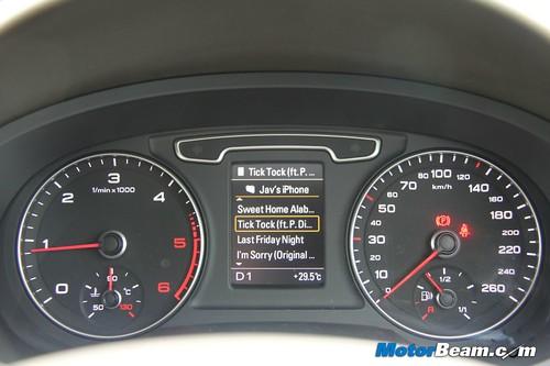 2012-Audi-Q3-35