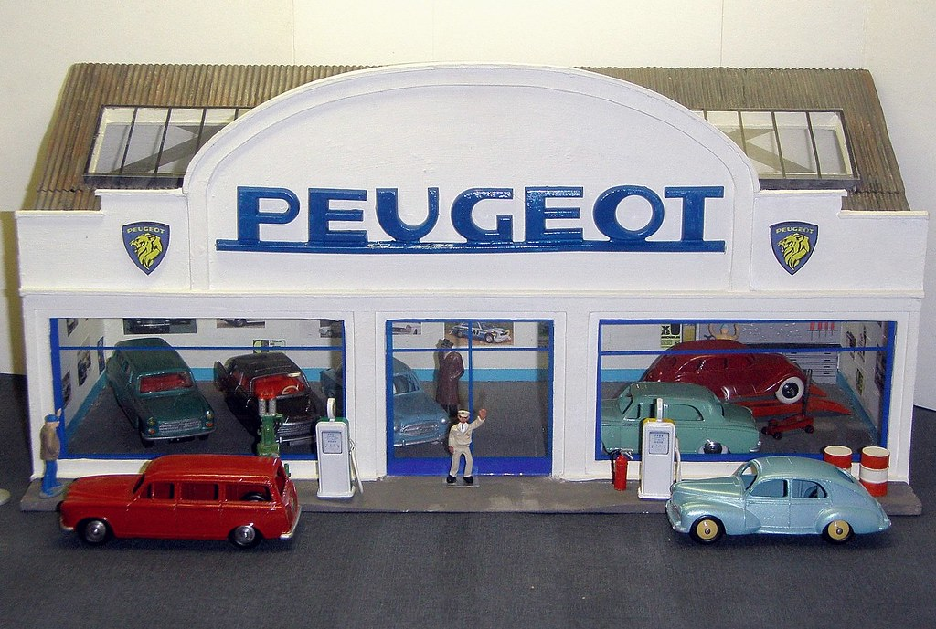 The world 39 s best photos of garage and miniatures flickr hive mind - Garage miniature citroen ...