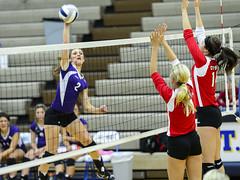LOU-Platte Conference Volleyball 2012  Semi-final (Huntington Photos) Tags: nikon stpaul nike highschool 2012 d4 nsaa power99 volleyballl hmfrphotos2011 platteriverpreps 200mmf20vrii louplatteconferencevolleyball huntingtonphotos