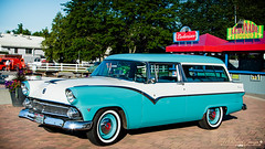 1955 Ford Parlane (Mark O'Grady - Proudly Serving Millions of Viewers) Tags: 2016 2016goodguysppgnationals carshow columbusohio goodguys mospeedimages outdoor vehicle 1955 ford fordmotorcompany fomoco stationwagon wagon 1955parklane