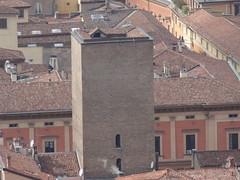 Dalla Torre degli Asinelli - Bologna - Italy (Revolweb) Tags: italia italy tower torre torri towers bologna italian medioevo medieval medievale heritage monuments tour tourism turismo italytourism allaperto