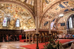 La bellezza stupefacente degli affreschi (Umberto Leombruno) Tags: basilica assisi