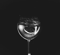 #Flash         lazy drops (before zn) Tags: blackandwhite monochrome minimalism indoor subject a6000 ilce6000 sony black background dark