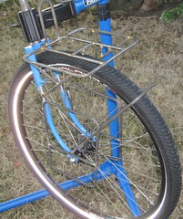 Pelican rack + lowrider mockup, wheeled (Tysasi) Tags: rack69 rack71 pelican boxdogbikes winterbicycles rando rack lowrider orcrack orcracks customrack customracks
