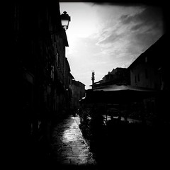IMG_9157 (Xugardust) Tags: tuscanrain pavement wetpavement hipstamatic iphone johnslens blackeyssupergrain