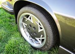 Arden detail: 'triple A' alloy wheels on AJ3 Shooting Brake (Pim Stouten) Tags: arden british car auto wagen pkw vhicule macchina burgzelem alloy aj3 xjs xj27 jag jaguar estate shootingbrake triplea