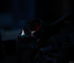 Coul de feu (Pierre-R) Tags: feu lave coul art nuit sombre lumire photo flamme canon 700d