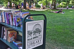 Library on the Lawn (AntyDiluvian) Tags: park boston reading downtown library massachusetts lawn books financialdistrict amenity postofficesquare franklinstreet bpl bookcart normanbleventhalpark libraryonthelawn