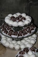 "Cake balls for a wedding • <a style=""font-size:0.8em;"" href=""http://www.flickr.com/photos/60584691@N02/7977184962/"" target=""_blank"">View on Flickr</a>"