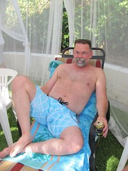 IMG_2778 (CAHairyBear) Tags: man men uomo mann hombre homme poolparty hom