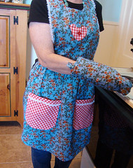 Traditional Fabric and Lace Full Apron with Matching Pot Holder Set $20 (inkydreamz - Susan.F) Tags: blue autumn flower cute green floral fashion rose musicians vintage bag amber pattern purple oven guitar handmade girly inspired apron purse bracelet chic tote macrame polkadot mitt