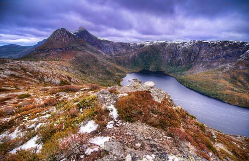 reflection water landscape nationalpark nikon luke tasmania nikkor hdr onone d800 cradlemountain photomatix zeme nikond800 lukezeme