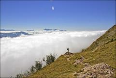 Mer de nuages au Col de l'Arc ..... sur la valle de St Paul de Varces (lo46) Tags: france alpes paysage vercors montagnes isre rhnealpes merdenuages villarddelans lo46 canon60d coldelarc visionaryartsgallery3 valledestpauldevarces 1736m focusl3