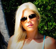 The Boys of Summer (hvitingi) Tags: california portrait sunglasses pretty kodak supermodel flash shades blonde beautifulwoman californiagirls aviators prettygirl fillflash starburst rayban raybans darkglasses flashphoto hotblonde flashburst californiagirl theboysofsummer lawoman outdoorportrait beautifulblonde popupflash raybansunglasses microdermals raybanaviators dermals goldraybans platiunumblonde