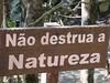 Nao destrua a Natureza (Karol Endrigue) Tags: brazil verde brasil landscape agua sãopaulo natureza paz paisagem sp cachoeira pedras reflexão santoantoniodopinhal cidadezinha interiordesp cachoeiradolageado salveanatureza naodestruaanatureza