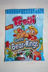 Trolli Bear-Rings (Like_the_Grand_Canyon) Tags: candy sweet weingummi gummibren schnuller