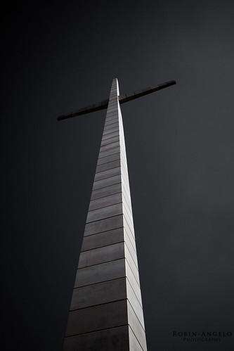 CHIESA SAN PIO DA PIETRELCINA - La croix