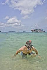 DSC09266 (andrewlorenzlong) Tags: beach water thailand boat sand andrew snorkeling kohchang kohrang kohrangyai korangyai