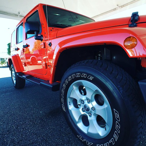 It is all about the color! Or is it not? Who cares! It is a fxxxing #wrangler #jeepwrangler #vanjeepers presents new and #preloved stock & #Customjeepforsale for #vancouverjeepers #jeep #jeeps #jeepwrangler #wrangler #jeeplove #jeeplife #4x4 #offroad #jee