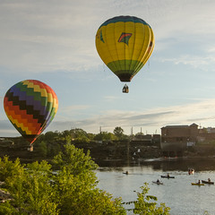 balloons (paul noble photography) Tags: maine morning hotairballoons greatfallsballoonfest lewiston newengland nikond7000 1224f4tokina sunrise earlymorning