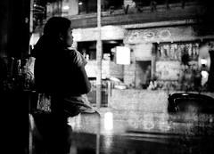 (a.pierre4840) Tags: olympus omd em5 cmount schneider kreuznach xenon 25mm f095 candid bw blackandwhite monochrome noiretblanc nightshot streetphotography hongkong handheld fotor artfilter selectivefocus grainy