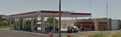 ESSO Servicentro Combustibles Barrancas SRL - Estacin de servicio (EDL-Funes) Tags: esso exxonmobil exxon gasstation fillingstation petrolstation gasolinera estacindeservicio argentina santafe barrancas