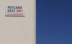 Rutland Gate vs The Sky (Larterman) Tags: london londoncity urban knightsbridge
