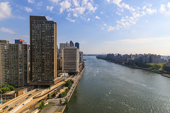 East River (Alejandro Ortiz III) Tags: 6d alejandroortiziii alex alexortiz allrightsreserved brooklyn canon canoneos copyright2016 copyright2016alejandroortiziii digital eos lightroom lightroom3 newjersey newyork newyorkcity rahway shbnggrth
