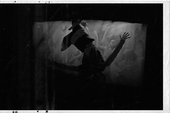 Madwoman's Vision (P. Correia) Tags: 2007 dariofo francarame meredithmonk pentaxoptiol30 pcorreia marioneta puppet monasteriodesantamaradelavalldigna simatdelavalldigna